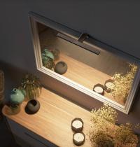 specchio rettangolare verticale con luce